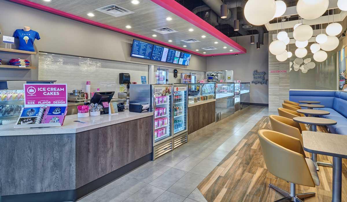 baskin robbins opens second moments store in el paso texas restaurant news qsr magazine. Black Bedroom Furniture Sets. Home Design Ideas