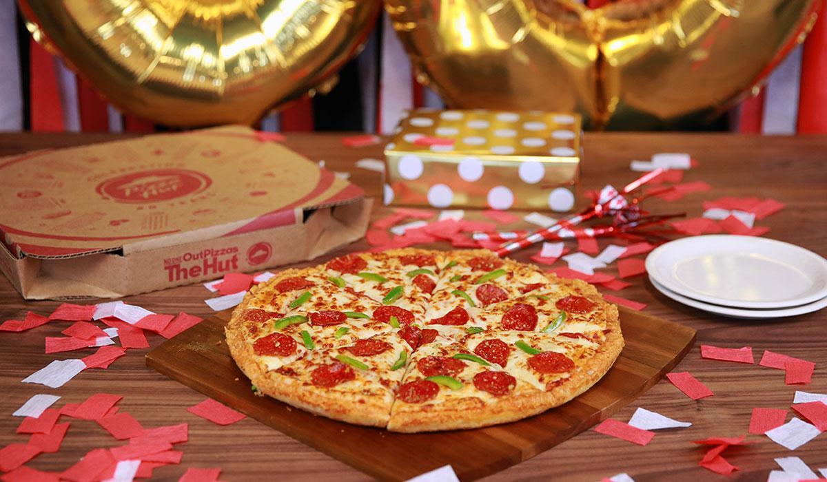 Checking In On Pizza Hut S 130m Comeback Plan Qsr Magazine