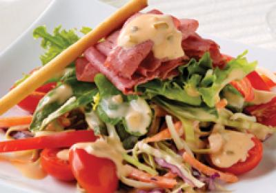 Salad entree options are becoming more popular on restaurant menus.