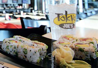 Fast food Asian chain serves sushi, salad, and bowls inspired by Far East.
