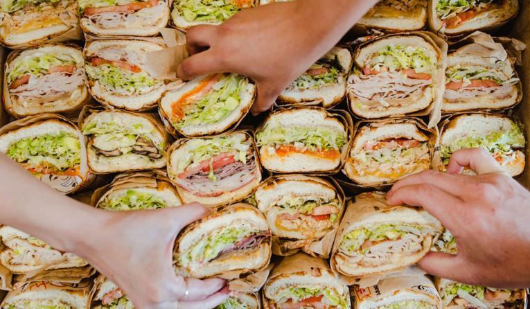 ke's Love & Sandwiches.