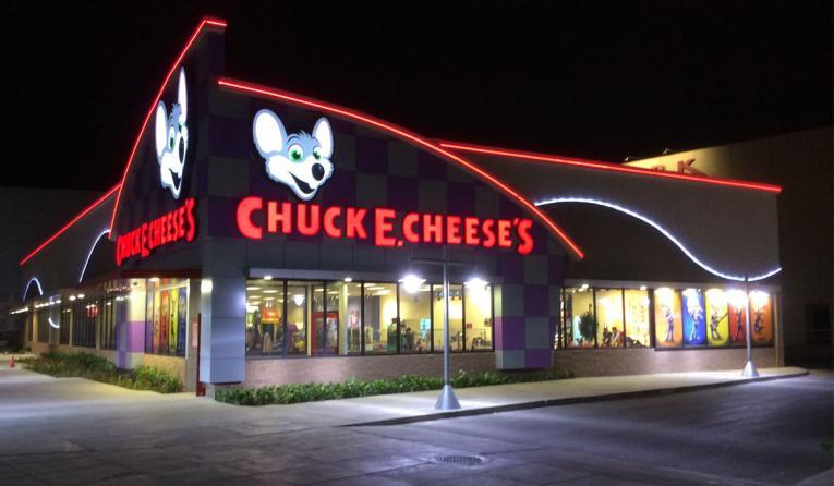 Chuck E. Cheese exterior storefront.