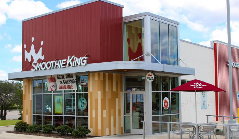 Smoothie King exterior of restaurant.