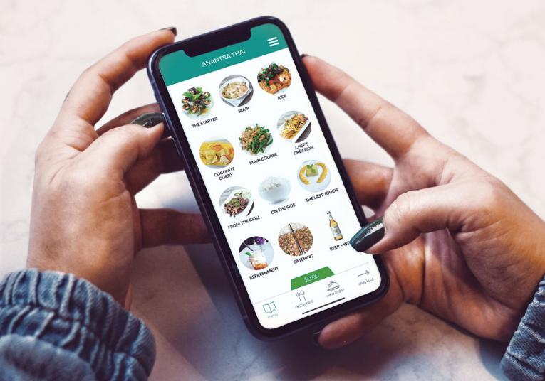 Blizzfull offers restaurants the opportunity to develop their own online and mobile ordering channels.