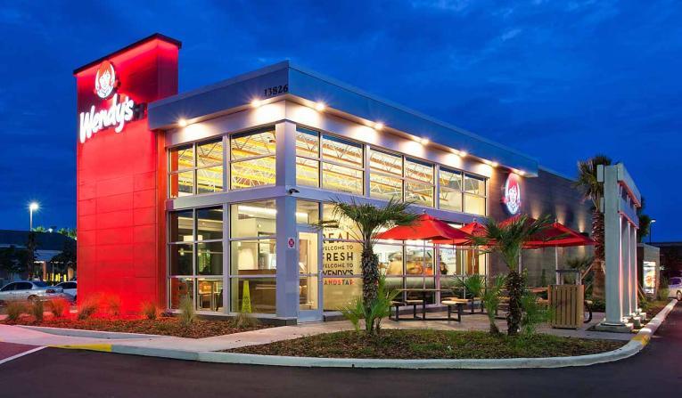 Wendy's exterior restaurant.