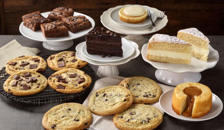 Boston Market desserts.