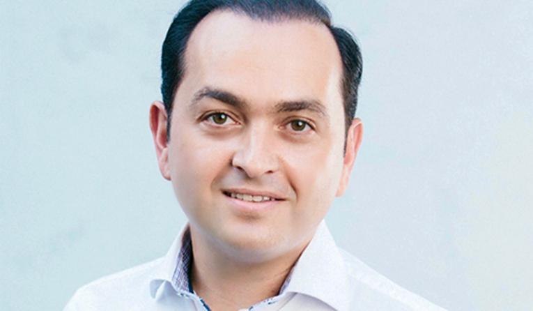 Bijan Sami headshot