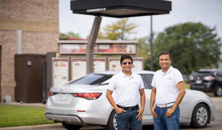 Co-founders Rahul Aggarwal and Vinay Shukla