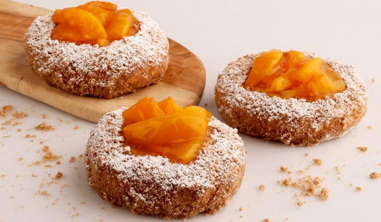 Pinkbox Southern Belle peach doughnuts