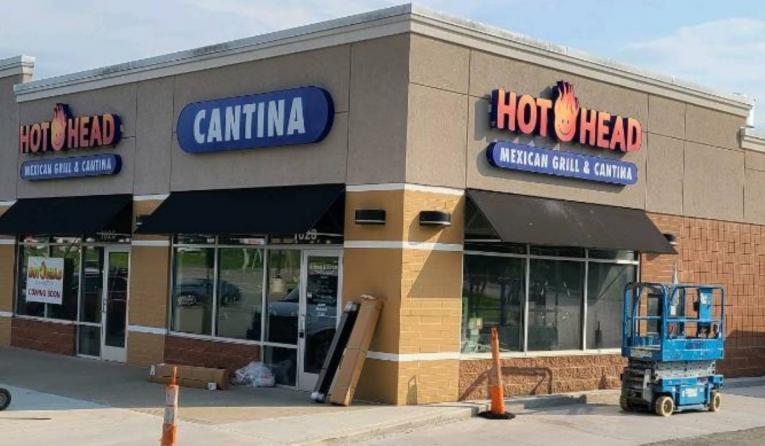 Hot Head Burrito exterior.