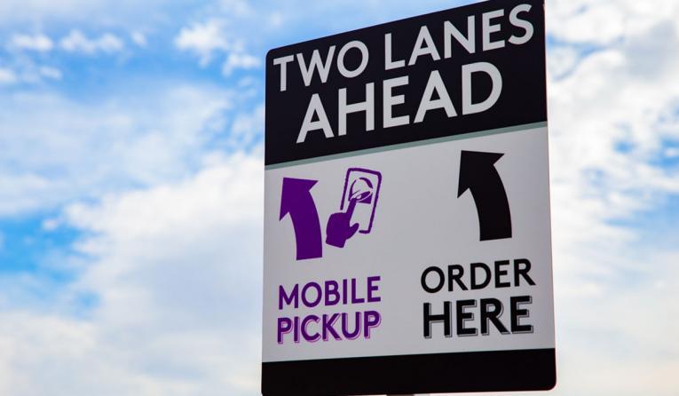 Taco Bell mobile order pickup sign.