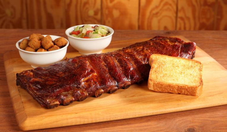 Ribs, toast, and sides at Soulman's Bar-B-Que.