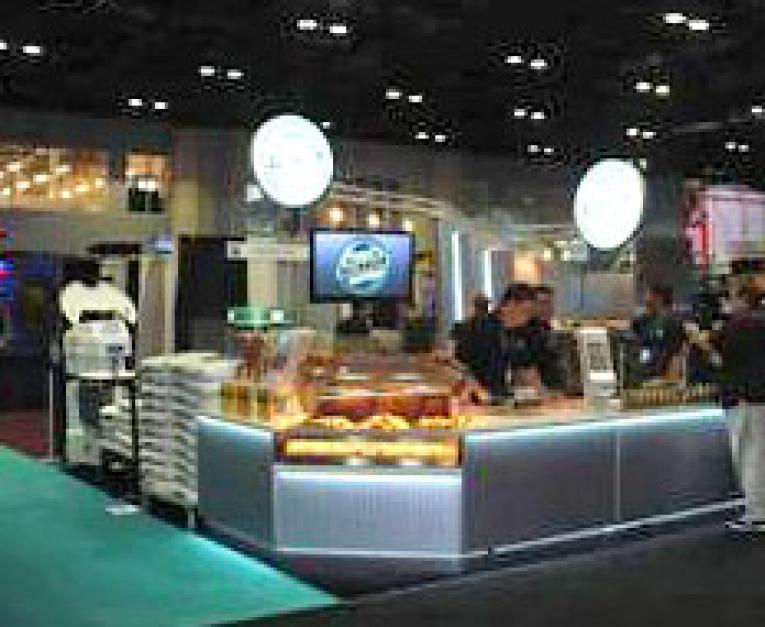 Restaurants Kiosk Concept Lowers Entry Price For