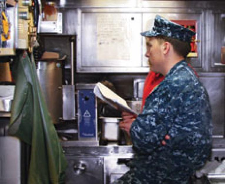 US Navy Food Options Provide Crew Premium Dining Experience