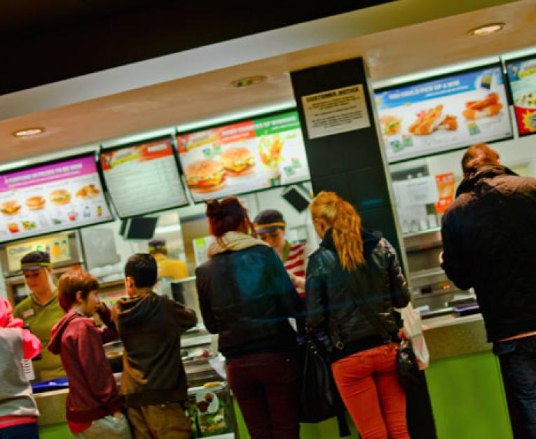 After Promising Run, Restaurant Sales Tumble in July