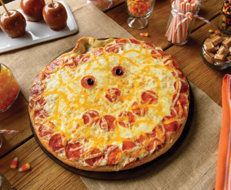 Papa Murphys Halloween Pizza 2020 Papa Murphy's Brings Back its Jack O Lantern Pizza | QSR magazine