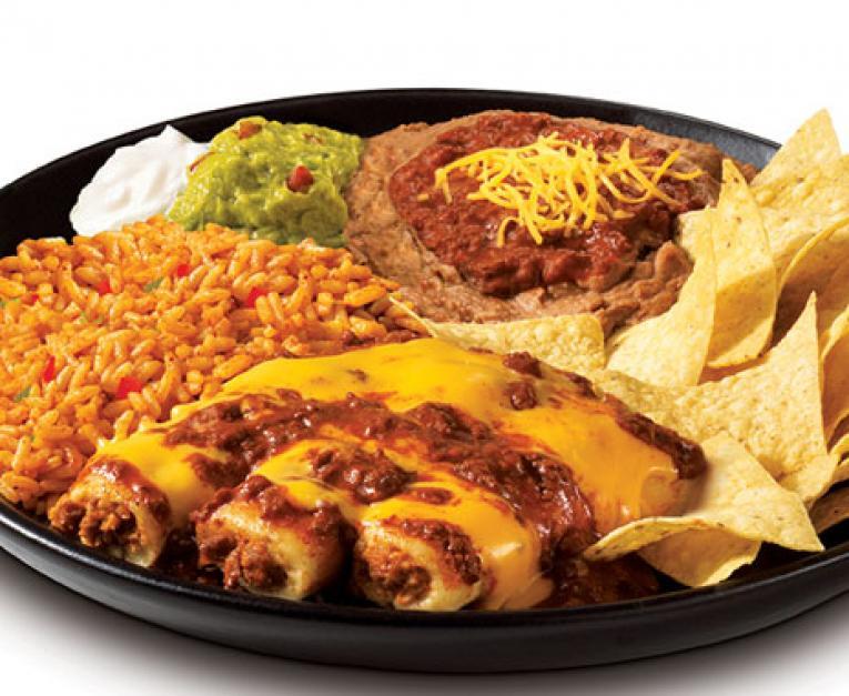 Taco Bueno is bringing back tamales for the holiday season.