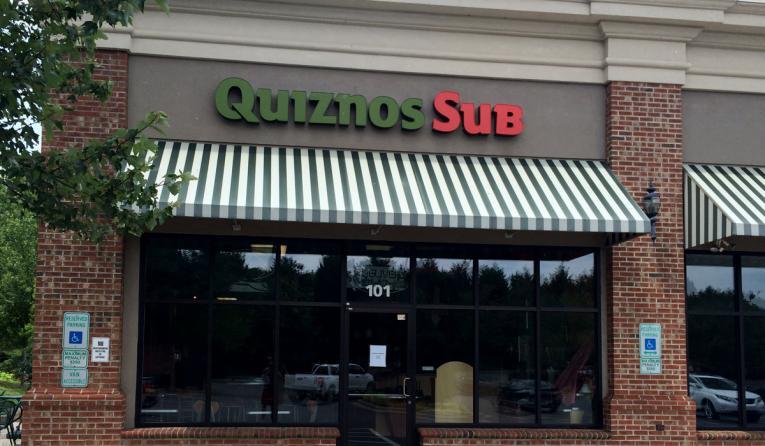 Quiznos restaurant.