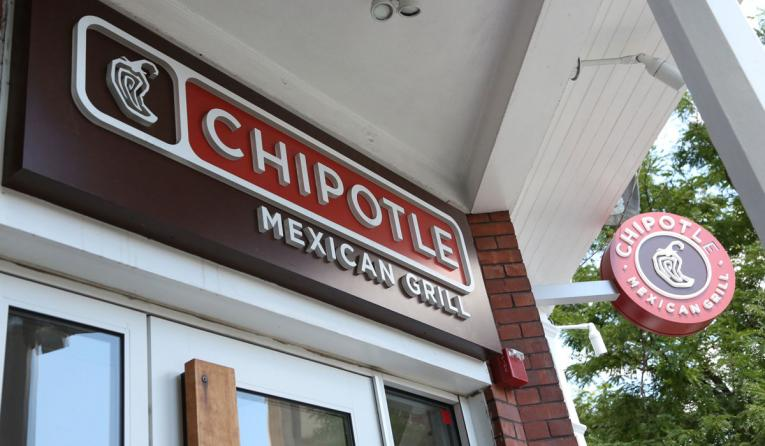 Exterior of Chipotle.