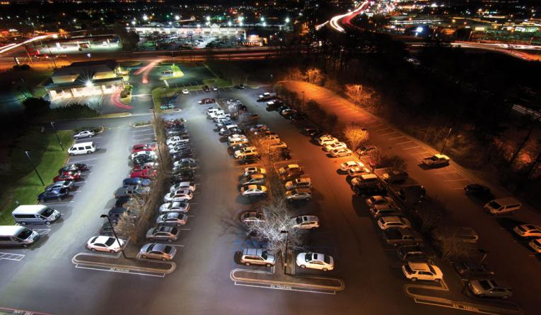 The difference between LED and HPS at night.