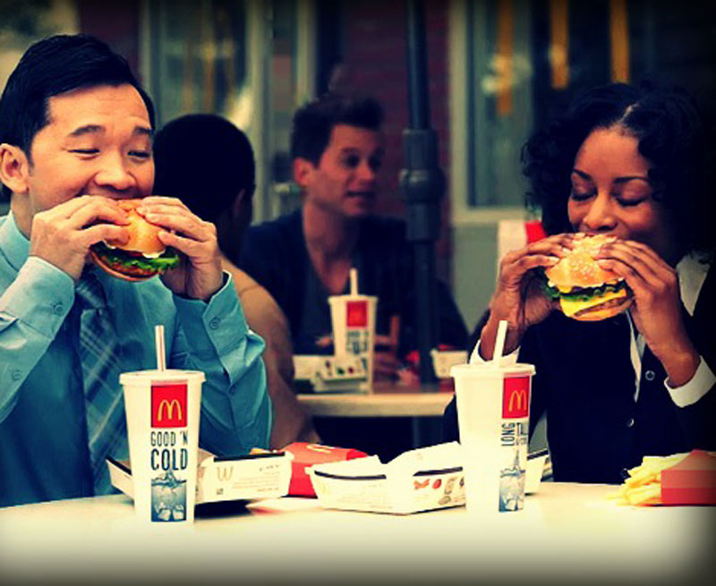 McDonald's supported the lunch daypart in its new Facebook ad campaign.