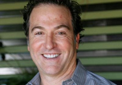 Sharky's CEO Steven Paperno built a healthy based fast casual concept.