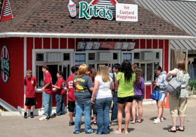 Quick service restaurant brands open new units in amusement parks.