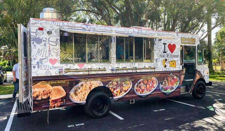 I ♥ Mac & Cheese Sells First Food Truck Franchise