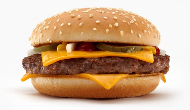 McDonald's flips to fresh beef Quarter Pounders in 3500 USA restaurants